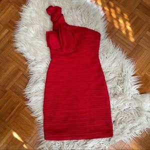 Red one shoulder cocktail dress size S